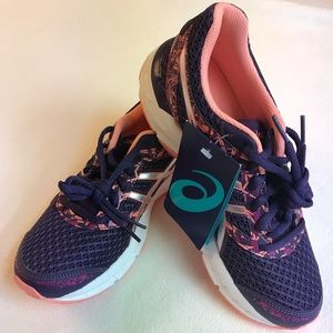 Avis shoes brand new with tags